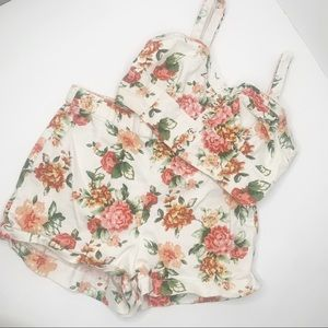 Kimchi Blue Two Piece Floral Crop Top Shorts Small
